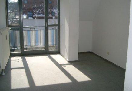 2 zimmer dachgeschosswohnung in bopfingen uwe hauser. Black Bedroom Furniture Sets. Home Design Ideas